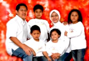 8921-8548-anas_family