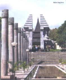Makam Raja0001