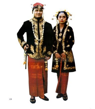 Pangantin Adat Bangkalan untuk Bangsawan